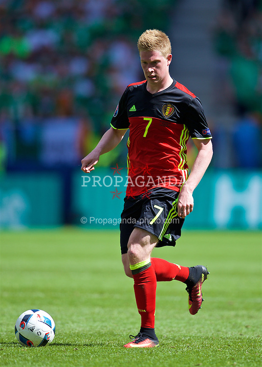 BORDEAUX, FRANCE- Saturday, June 18, 2016: Belgium's Kevin De Bruyne in action against the Republic of Ireland during the UEFA Euro 2016 Championship Group E match at Stade de Bordeaux. (Pic by Paul Greenwood/Propaganda)