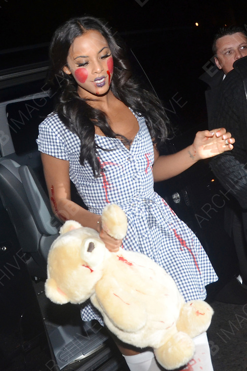 30.OCTOBER.2011. LONDON<br /> <br /> ROCHELLE WISEMAN ARRIVING AT A HALLOWEEN PARTY HELD AT 5 CAVENDISH SQUARE IN LONDON<br /> <br /> BYLINE: EDBIMAGEARCHIVE.COM<br /> <br /> *THIS IMAGE IS STRICTLY FOR UK NEWSPAPERS AND MAGAZINES ONLY*<br /> *FOR WORLD WIDE SALES AND WEB USE PLEASE CONTACT EDBIMAGEARCHIVE - 0208 954 5968*