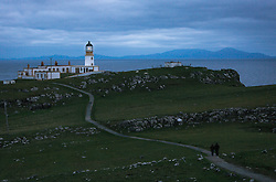 THEMENBILD - Blick auf das Wanderziel Neist Point mit seinem Leuchtturm, Isle of Skye, Schottland, aufgenommen am 09. Juni 2015 // View of the hiking destination Neist Point with the lighthouse, Glendale, Scotland on 2015/06/09. EXPA Pictures © 2015, PhotoCredit: EXPA/ JFK