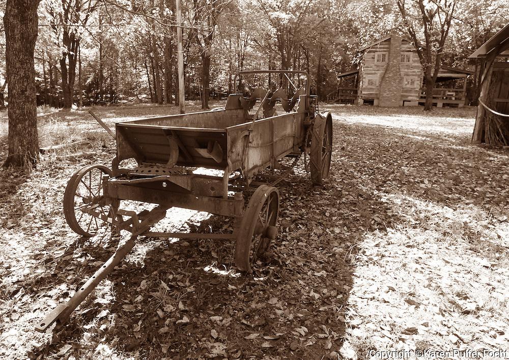 Old fashioned farm scene, Memphis, Tennessee.