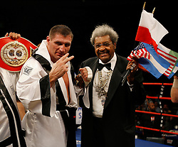 October 6, 2007; New York, NY, USA; Andrew Golota poses with promoter Don King after beating Kevin McBride (Green Trunks) at Madison Square Garden.