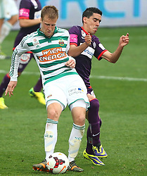 06.04.2014, Generali Arena, Wien, AUT, 1. FBL, FK Austria Wien vs SK Rapid Wien, 31. Runde, im Bild Brian Behrendt, (SK Rapid Wien, #3) und David De Paula Gallardo, (FK Austria Wien, #3) // during Austrian Bundesliga Football 31st round match, between FK Austria Vienna and SK Rapid Vienna at the Generali Arena, Wien, Austria on 2014/04/06. EXPA Pictures © 2014, PhotoCredit: EXPA/ Thomas Haumer