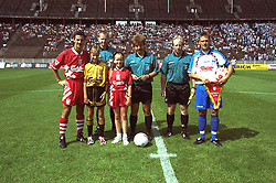 BERLIN, GERMANY - Sunday, August 7, 1994: Liverpool's captain Ian Rush (L) and Hertha BSC Berlin's captain pose for a pre-match photograph with the referees and mascots before a preseason friendly between Hertha BSC Berlin and Liverpool FC at the Olympiastadion. Liverpool won 3-0. (Pic by David Rawcliffe/Propaganda)