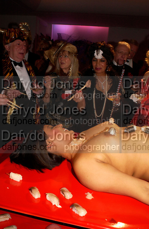 Terence Cole, Liz Brewer and Dame Shirley Bassey.  Andy & Patti Wong's Chinese New Year party to celebrate the year of the Rooster held at the Great Eastern Hotel, Liverpool Street, London.29th January 2005. The theme was a night of hedonism in 1920's Shanghai. . ONE TIME USE ONLY - DO NOT ARCHIVE  © Copyright Photograph by Dafydd Jones 66 Stockwell Park Rd. London SW9 0DA Tel 020 7733 0108 www.dafjones.com
