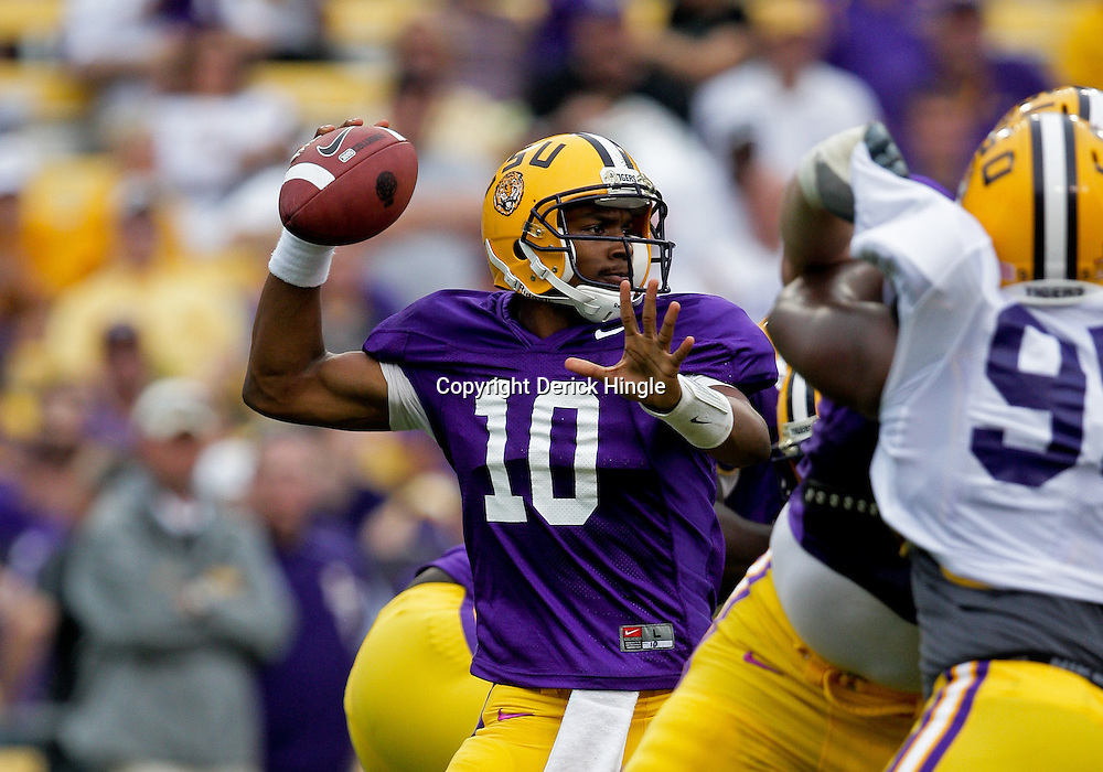 18 April 2009: LSU quarterback Russell Shepard (10) passes the ball during the 2009 LSU spring football game at Tiger Stadium in Baton Rouge, LA.