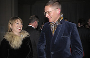 April Glassvorow and Giles Deacon, British Fashion Awards, V. & A. Museum. 2 November 2004. ONE TIME USE ONLY - DO NOT ARCHIVE  © Copyright Photograph by Dafydd Jones 66 Stockwell Park Rd. London SW9 0DA Tel 020 7733 0108 www.dafjones.com