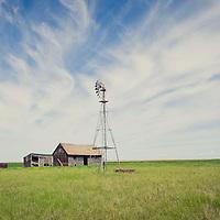 abandon farm on the prairie of montana conservation photography - montana wild prairie