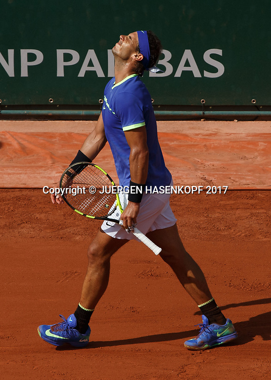RAFAEL NADAL (ESP) reagiert veraergert,Frust,Aerger,Emotion,<br /> <br /> Tennis - French Open 2017 - Grand Slam ATP / WTA -  Roland Garros - Paris -  - France  - 31 May 2017.