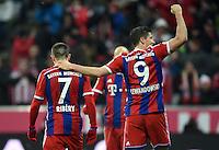 FUSSBALL  1. BUNDESLIGA  SAISON 2014/2015  23. SPIELTAG  FC Bayern Muenchen - 1. FC Koeln     27.02.2015 Franck Ribery (li) und Torschuetze Robert Lewandowski (re, beide FC Bayern Muenchen) freuen sich nach dem Tor zum 4:1