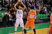DESCRIZIONE : Treviso Lega due 2015-16  Universo Treviso De Longhi - Aurora Basket Jesi<br /> GIOCATORE : davide moretti<br /> CATEGORIA : Passaggio<br /> SQUADRA : Universo Treviso De Longhi - Aurora Basket Jesi<br /> EVENTO : Campionato Lega A 2015-2016 <br /> GARA : Universo Treviso De Longhi - Aurora Basket Jesi<br /> DATA : 31/10/2015<br /> SPORT : Pallacanestro <br /> AUTORE : Agenzia Ciamillo-Castoria/M.Gregolin<br /> Galleria : Lega Basket A 2015-2016  <br /> Fotonotizia :  Treviso Lega due 2015-16  Universo Treviso De Longhi - Aurora Basket Jesi