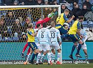 FODBOLD: Paulus Arajuuri (Brøndby IF) header bolden i nettet til 1-0 under kampen i ALKA Superligaen mellem Brøndby IF og FC Helsingør den 25. februar 2018 på Brøndby Stadion. Foto: Claus Birch.