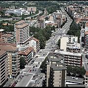 Nella foto:  corso Vercelli.. Reportage fotografico aereo di bassa quota per l'importante progetto di trasformazione urbana Variante n. 200 al P.R.G. inerente la Linea 2 Metropolitana e Quadrante Nord-Est di Torino: Barriera di Milano, Rebaudengo, Falchera, Regio Parco, Barca e Bertolla.