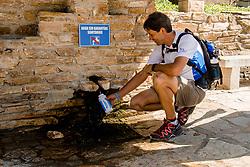 15-06-2017 NED: We hike to change diabetes day 6, Herrerias de Valcarce<br /> De zesde dag van Villafranca del Bierzo naar Herrerias de Valcarce. Een tocht van 26 km door heuvelachtig landschap en prachtige wijngaarden. Alberto