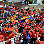 CONCETRACION DE SIMPATIZANTES DE HUGO CHAVEZ / CONCENTRATION OF SUPPORTERS OF HUGO CHAVEZ<br /> Photography by Aaron Sosa<br /> Caracas - Venezuela 2006<br /> (Copyright © Aaron Sosa)