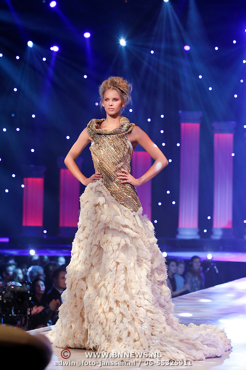 NLD/Hilversum/20111114 - Finale Holland Next Topmodel 2011, Michelle Zwoferink
