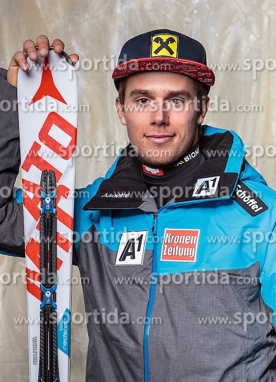 08.10.2016, Olympia Eisstadion, Innsbruck, AUT, OeSV Einkleidung Winterkollektion, Portraits 2016, im Bild Thomas Hettegger, Ski Alpin, Herren // during the Outfitting of the Ski Austria Winter Collection and official Portrait Photoshooting at the Olympia Eisstadion in Innsbruck, Austria on 2016/10/08. EXPA Pictures © 2016, PhotoCredit: EXPA/ JFK