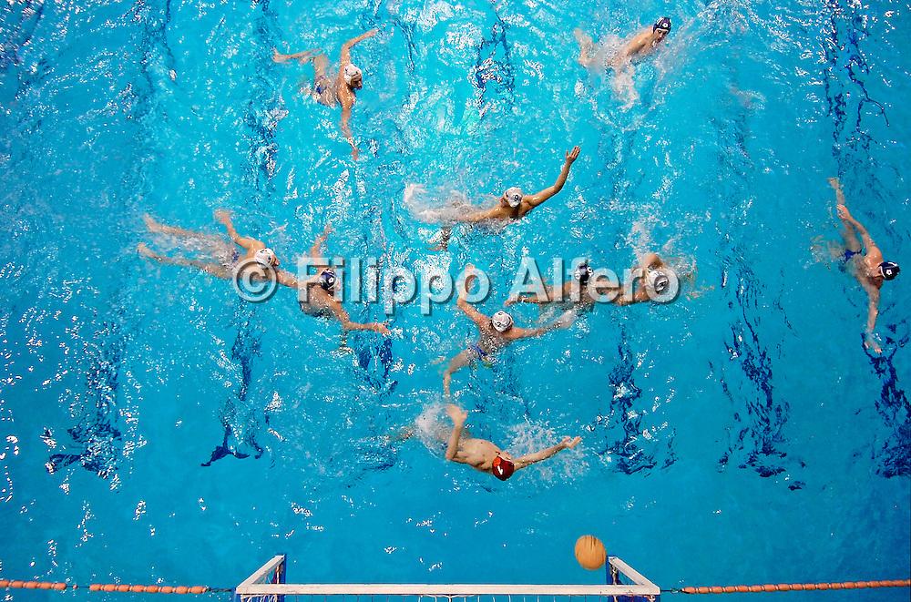 &copy; Filippo Alfero<br /> Torino, 03-02-2007<br /> Sport, Pallanuoto<br /> Pallanuoto - LaPresse Torino 81 - Cus Milano<br /> nella foto: fasi di gioco<br /> <br /> &copy; Filippo Alfero<br /> Turin, Italy, 03-02-2007<br /> Italian Water Polo<br /> Water Polo - LaPresse Torino 81 - Cus Milano<br /> in the photo: a moment of the match