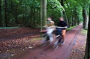Fietsers in Baarn.<br /> <br /> Cyclists in Baarn.
