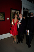 CAROLE ALLEN; PETER BUFTON, Imperial and Royal Presents. Russian auction. Sotheby's. New Bond St. London. 23 November 2008.  *** Local Caption *** -DO NOT ARCHIVE-© Copyright Photograph by Dafydd Jones. 248 Clapham Rd. London SW9 0PZ. Tel 0207 820 0771. www.dafjones.com.