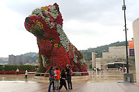 """Puppy"" by Jeff Koons"