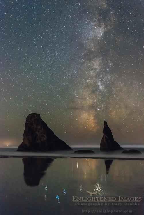Milky Way over seastacks on Bandon Beach, Bandon, Oregon