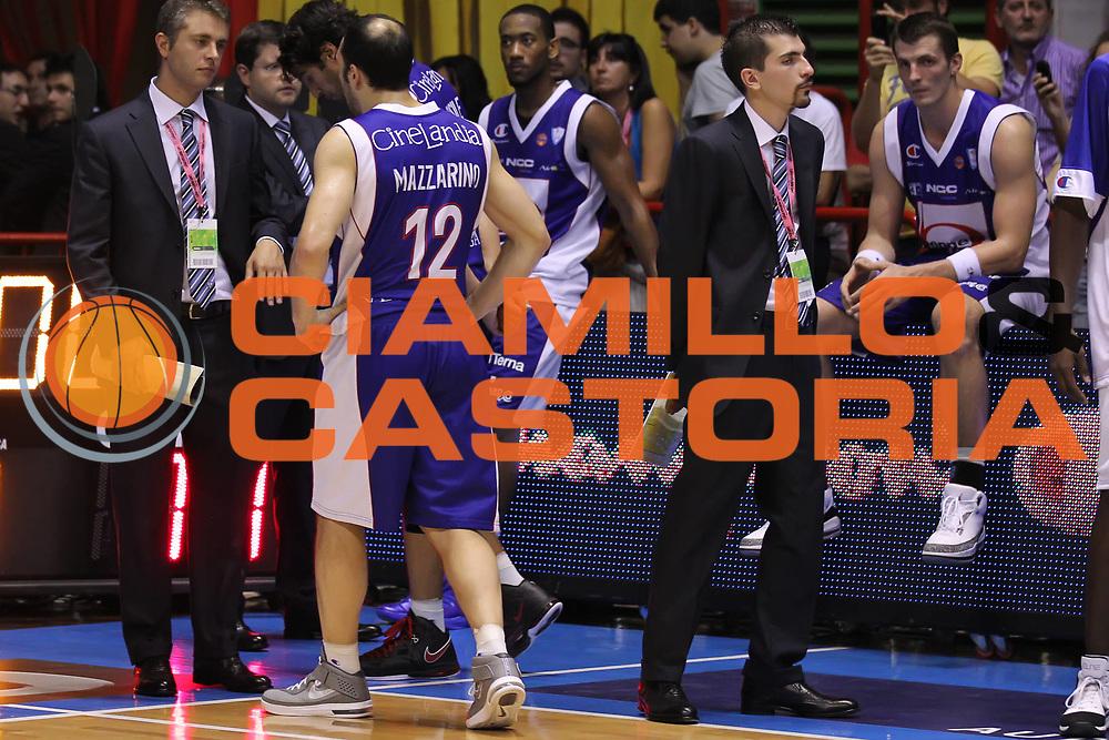 DESCRIZIONE : Forli Lega A 2011-2012 Supercoppa Italiana Montepaschi Siena Bennet Cantu<br /> GIOCATORE : Nicolas Mazzarino<br /> SQUADRA : Bennet Cantu<br /> EVENTO : Supercoppa Italiana 2011<br /> GARA : Montepaschi Siena Bennet Cantu<br /> DATA : 01/10/2011<br /> CATEGORIA : delusione<br /> SPORT : Pallacanestro <br /> AUTORE : Agenzia Ciamillo-Castoria/ElioCastoria<br /> Galleria : Lega Basket A 2011-2012 <br /> Fotonotizia : Forli Lega A 2011-2012 Supercoppa Italiana Montepaschi Siena Bennet Cantu<br /> Predefinita :