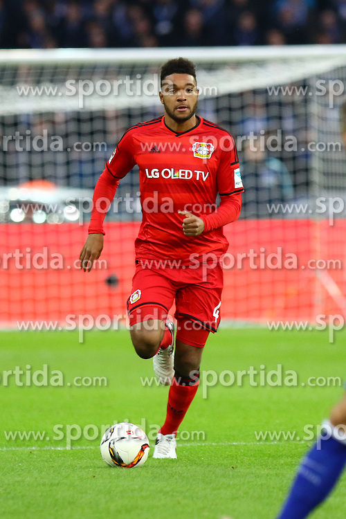 05.12.2015, Olympiastadion, Berlin, GER, 1. FBL, Hertha BSC vs Bayer 04 Leverkusen, 15. Runde, im Bild Jonathan Tah (#4, Bayer 04 Leverkusen) // during the German Bundesliga 15th round match between Hertha BSC and Bayer 04 Leverkusen at the Olympiastadion in Berlin, Germany on 2015/12/05. EXPA Pictures &copy; 2015, PhotoCredit: EXPA/ Eibner-Pressefoto/ Hundt<br /> <br /> *****ATTENTION - OUT of GER*****