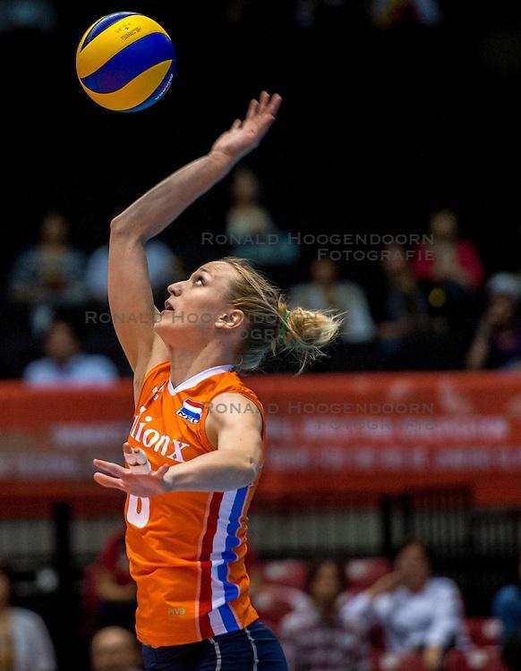 18-05-2016 JAP: OKT Nederland - Dominicaanse Republiek, Tokio<br /> Nederland is weer een stap dichterbij kwalificatie voor de Olympische Spelen. Dit dankzij een 3-0 overwinning op de Dominicaanse Republiek / Judith Pietersen #8