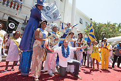 """Eduardo Paes (front), mayor of the city of Rio de Janeiro, poses for a photo after handing over the ceremonial key of Rio de Janeiro to """"King Momo"""" Wilson Neto (3rd L back) during the official opening ceremony of Rio de Janeiro's 2015 Carnival at the City Palace in Rio de Janeiro, Brazil, Feb. 13, 2015. EXPA Pictures © 2015, PhotoCredit: EXPA/ Photoshot/ Xu Zijian<br /> <br /> *****ATTENTION - for AUT, SLO, CRO, SRB, BIH, MAZ only*****"""