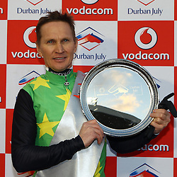 RACE 7 THE VODACOM DURBAN JULY (Grade 1) – 2200m – R4 250 000