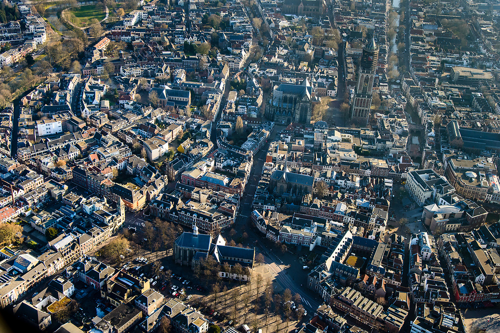 Nederland, Utrecht, Utrecht, 07-02-2018; Binnenstad Utrecht, Janskerkhof, Janskerk. Dom en Domplein.<br /> City centre Utrecht.<br /> <br /> luchtfoto (toeslag op standard tarieven);<br /> aerial photo (additional fee required);<br /> copyright foto/photo Siebe Swart