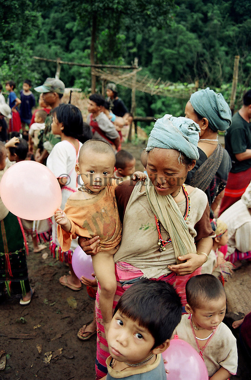 Karen IDPs hidding in a remote village. Karen people are an ethnic minority brutalized by the burmese junta. They are forced to survive in very remote areas where they get no food, medical support or education. More than 300 000 karen IDPs are hidding in Burma. The burmese junta wants to wipe them out of their land. An ethnic cleansing organised by burmese junta.