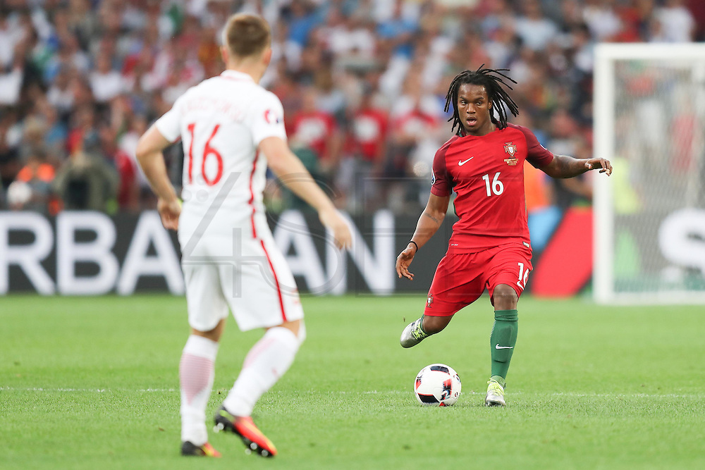 MARSEILLE, FRANCE, 30.06.2016 - PORTUGAL-POLAND - Renato Sanches (D), of Portugal, in the match against Poland valid for the quarterfinals of Euro 2016 at the Velodrome stadium in Marseille, on Thursday (30).