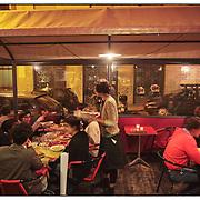 """nella fotografia la Brasserie Bordeaux in via Baretti.Torino, il quartiere di San Salvario il """"cuore"""" movida serale.Turin, the district of San Salvario is the """"heart"""" Movida night"""