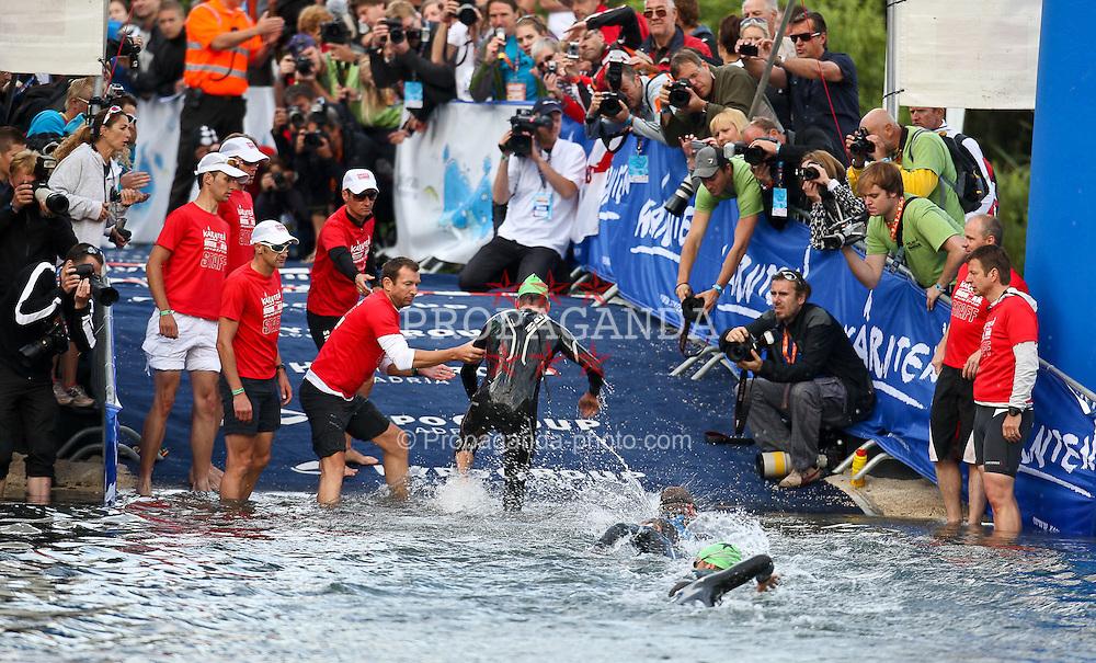 03.07.2011, Ironman Austria, Klagenfurt, Kaernten, im Bild Stephen Bayliss Wechselzone , EXPA Pictures © 2011, PhotoCredit: EXPA/ M. Kuhnke