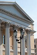 ehemaliges Landestheater, Hochschulbibliothek, klassizistische Säulen, Darmstadt, Hessen, Deutschland | classicistic theatre by Georg Moller, Darmstadt, Germany