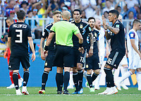 argentine reclaims with the referee<br /> Moscow 16-06-2018 Football FIFA World Cup Russia  2018 <br /> Argentina - Iceland / Argentina - Islanda<br /> Foto Matteo Ciambelli/Insidefoto