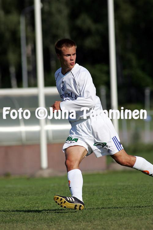 16.07.2005, Tapiola, Espoo, Finland..Ykk?nen, FC Honka v Mikkelin Palloilijat.Pasi Karppinen - MP.©Juha Tamminen.....ARK:k