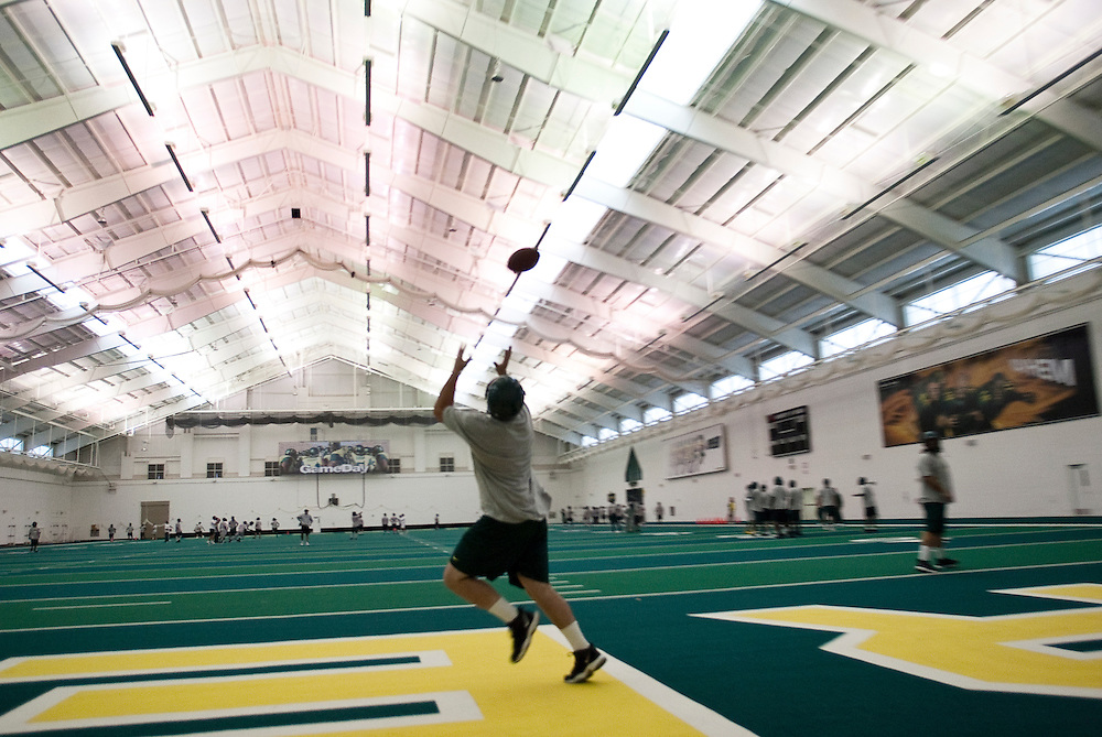 The Oregon Ducks have a state of the art indoor practice facility for inclement weather days.