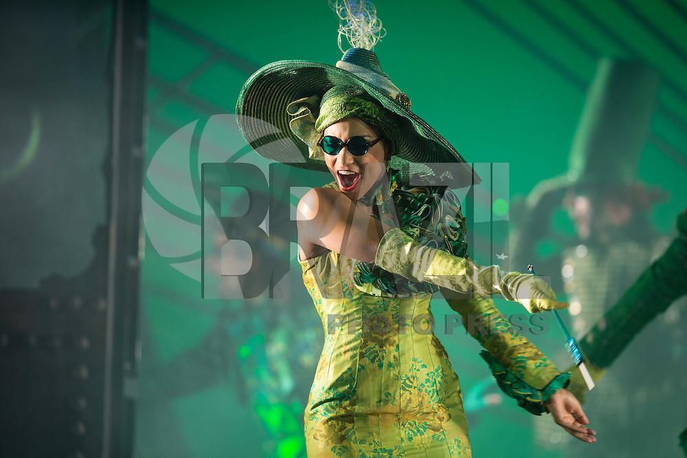 SÃO PAULO, SP, 25.02.2016 - ESPETACULO-SP - Passagem de cena do espetáculo da Broadway Wicked no teatro Renault no centro da cidade de São Paulo nesta quinta-feira, 25. (Foto: Vanessa Carvalho/Brazil Photo Press)