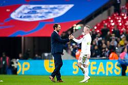 England Head Coach Gareth Southgate high fives Wayne Rooney of England - Mandatory by-line: Robbie Stephenson/JMP - 15/11/2018 - FOOTBALL - Wembley Stadium - London, England - England v United States of America - International Friendly