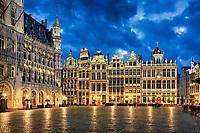 Mit seiner geschlossenen barocken Fassadenfront gilt der Grote Markt in Brüssel als einer der schönsten Plätze Europas und wurde 1998 als Ensemble in die Liste des Weltkulturerbes der UNESCO aufgenommen.