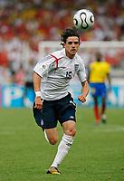 Photo: Glyn Thomas.<br />England v Ecuador. 2nd Round, FIFA World Cup 2006. 25/06/2006.<br /> England's Owen Hargreaves.