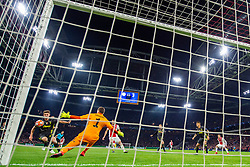 10-04-2019 NED: Champions League AFC Ajax - Juventus,  Amsterdam<br /> Round of 8, 1st leg / Ajax plays the first match 1-1 against Juventus during the UEFA Champions League first leg quarter-final football match / Daniele Rugani #24 of Juventus, Wojciech Szczesny #1 of Juventus