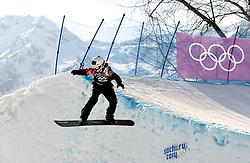 16-02-2014 SNOWBOARDEN: OLYMPIC GAMES: SOTSJI<br /> Bell Berghuis is er niet in geslaagd om zich voor de finale snowboardcross te plaatsen. <br /> ©2014-FotoHoogendoorn.nl