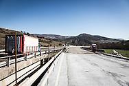 Basilicata, Italia, 27/01/2016<br /> Uno dei tanti cantieri lungo la SS407 Basentana che collega Matera e Potenza. Si tratta della principale strada statale della regione Basilicata<br /> <br /> Basilicata, Italy, 27/01/2016<br /> One of the several construction sites along the 407Basentana state highway that connects Matera and Potenza. It is the main state highway in Basilicata region.
