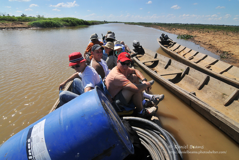mission, missionary, team, volunteers, canoe, boat, river, water, well, drilling, adventure,