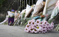 © Licensed to London News Pictures. 05/08/2016. London, UK. Floral tributes line the pavement at the spot in Russell Square where American Darlene Horton was killed and five others were injured. A Norwegian man of Somali heritage has been arrested.  Photo credit: Peter Macdiarmid/LNP