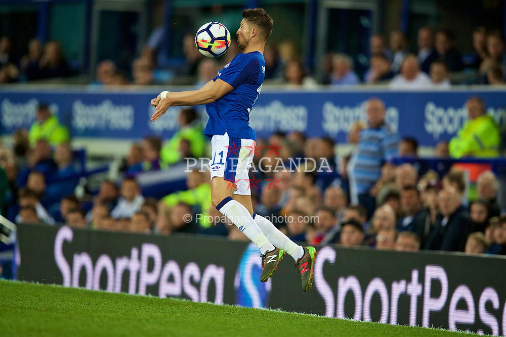 LIVERPOOL, ENGLAND - Thursday, August 17, 2017: Everton's Kevin Mirallas during the UEFA Europa League Play-Off 1st Leg match between Everton and HNK Hajduk Split at Goodison Park. (Pic by David Rawcliffe/Propaganda)
