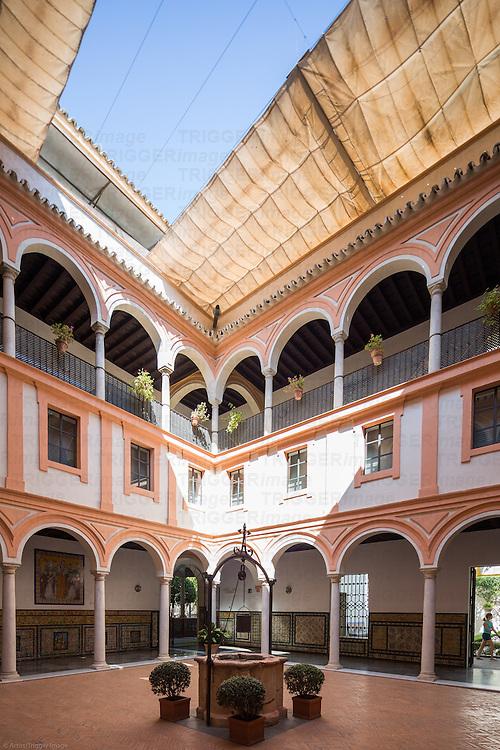 Claustro del Aljibe (well cloister), Museum of Fine Arts, Seville, Spain